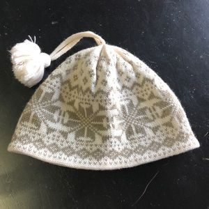 Overmeyer ladies hat knot with fleece back inside